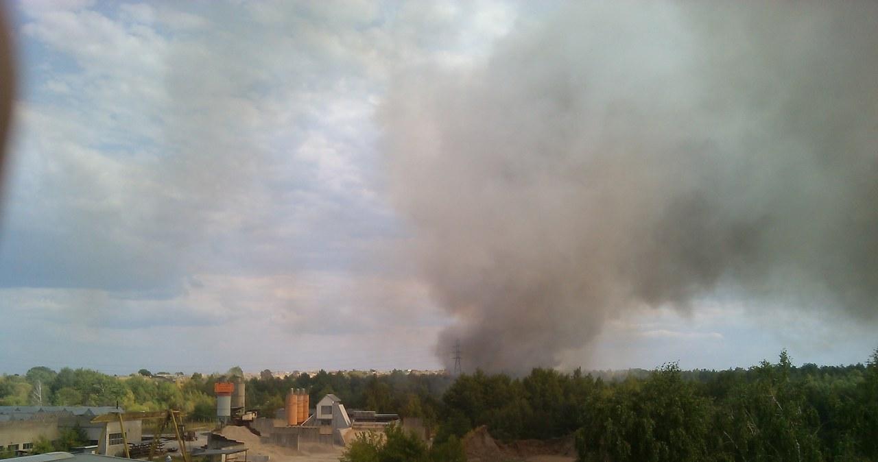 Pożar wysypiska śmieci w Ostrołęce