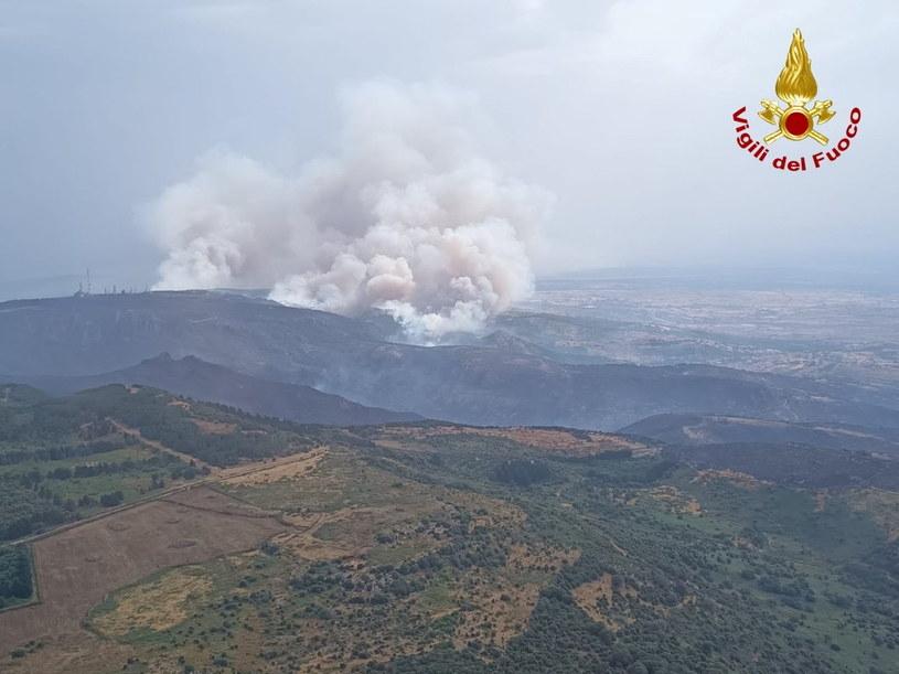 Pożary na Sardynii /Vigili del Fuoco / Reuters /Agencja FORUM