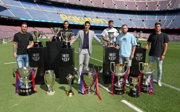 Pożegnanie Luisa Suareza przez kolegów z Barcelony /FC BARCELONA / MIGUEL RUIZ / HANDOUT /PAP/EPA