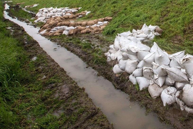 Poziom wody może miejscami wzrosnąć /AFP