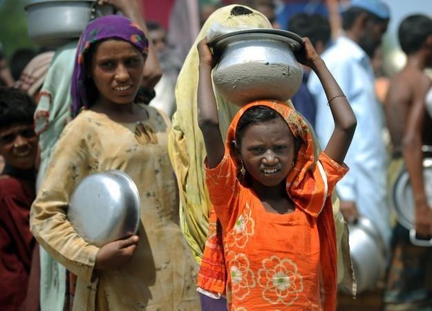 """Poziomy głodu są """"alarmujące"""" w 16 krajach /© Panthermedia"""