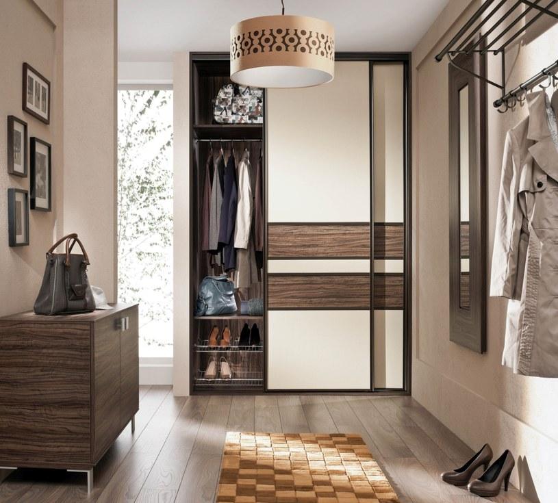 Poznaj 10 zasad, które pomogą wygospodarować dodatkowe miejsce i zapobiec zagraceniu niewielkiego mieszkania /materiały prasowe