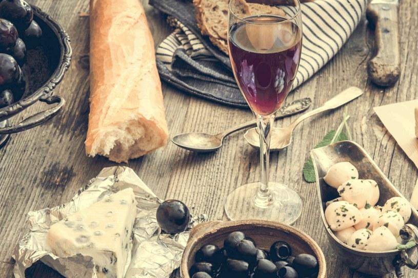 Poznaj kuchnię francuską /123RF/PICSEL