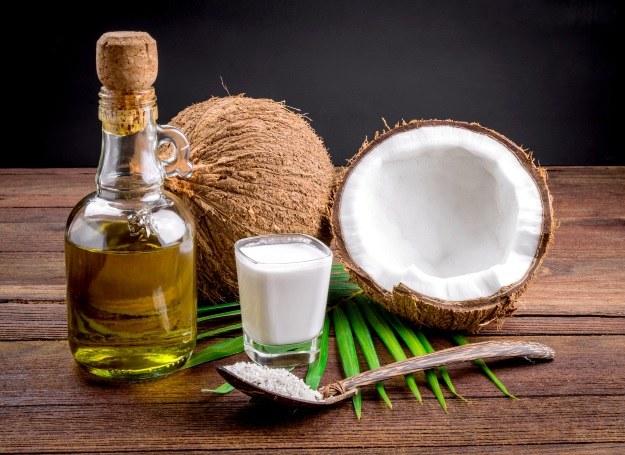 Poznaj moc oleju z kokosa /123RF/PICSEL