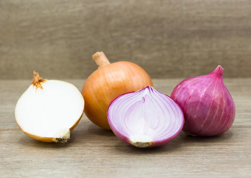 Poznaj nietypowe zastosowania cebuli /©123RF/PICSEL