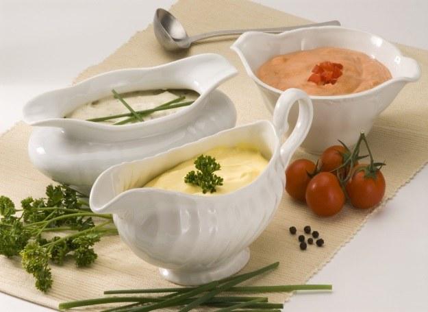 Poznaj nowe przepisy na pyszne sosy /123RF/PICSEL