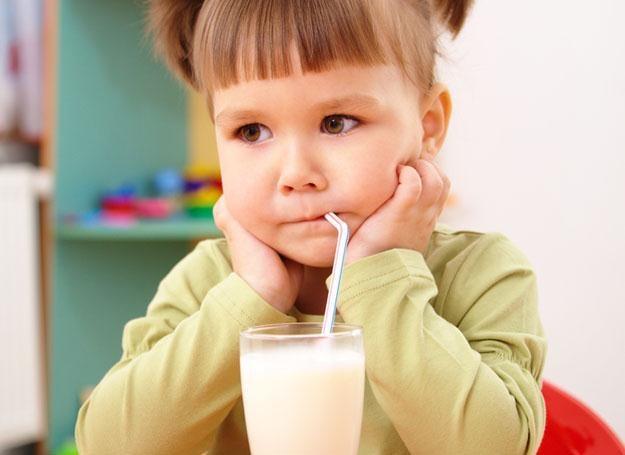 Poznaj pomysły na płynne smakołyki dla brzdąców w różnym wieku /© Panthermedia