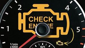 """Poznaj przyczyny włączenia się kontrolki """"check engine"""" i… nie panikuj"""