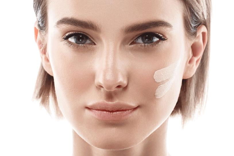 Poznaj sekrety makijażu /123RF/PICSEL