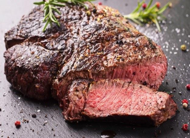 Poznaj sposoby na doskonale przyrządzone mięso /123RF/PICSEL