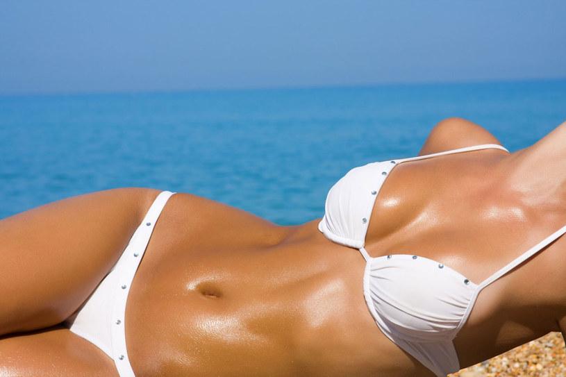 Poznaj sposoby regeneracji skóry po opalaniu /123RF/PICSEL