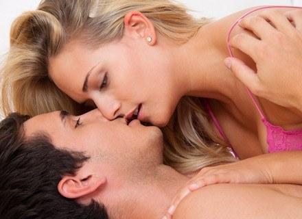 Poznaj tajemnice przypływów i odpływów kobiecego pożądania /© Panthermedia