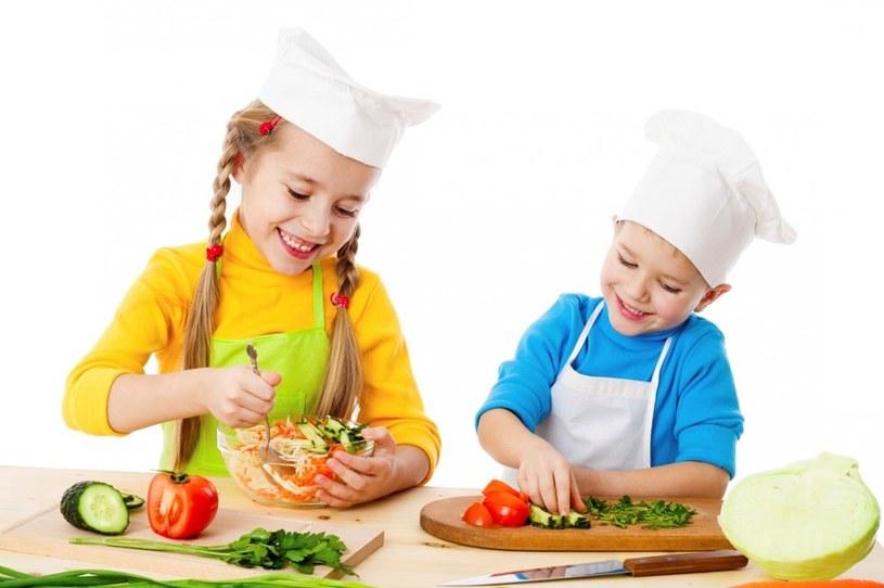 pożywienie dla dzieci /© Photogenica