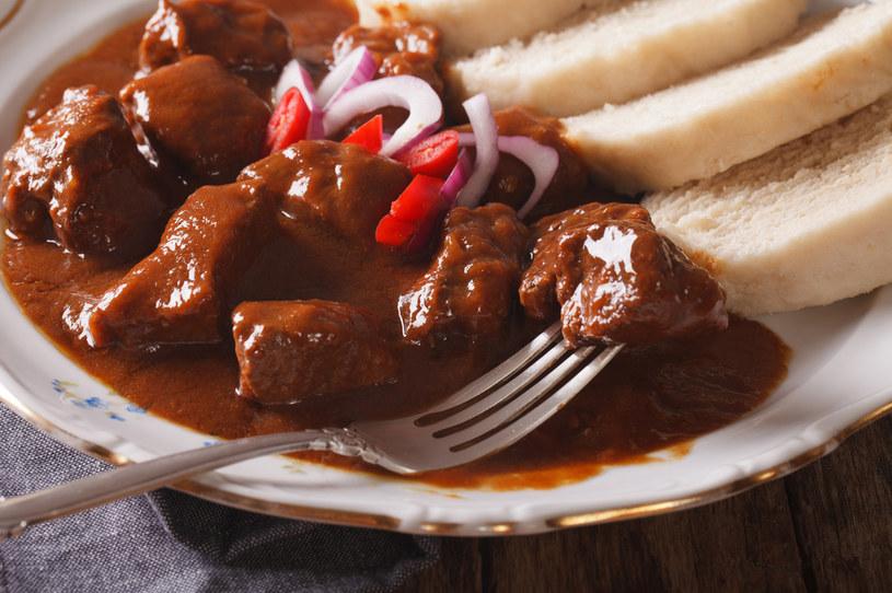 Pożywny, sycący obiad przygotujesz w około godzinę /123RF/PICSEL