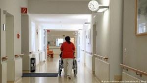 Praca 24/7 i uprzedzenia. Brak przepisów i standardów dla opiekunek z Europy Wschodniej