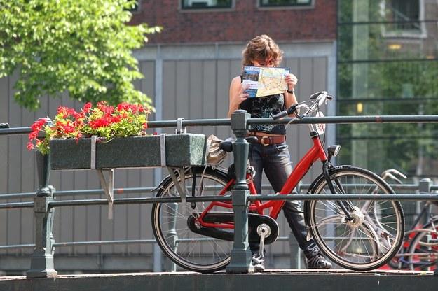 Praca w Holandii - decyzja o wyjeździe podjęta. Co dalej? /123RF/PICSEL