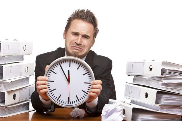 Praca w nadgodzinach nie może stanowić stałego elementu harmonogramu pracy /© Panthermedia