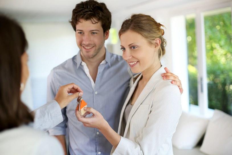Praca zdalna wywoła zmiany na rynku nieruchomości /123RF/PICSEL