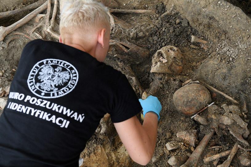 Prace archeologiczne prowadzone przez IPN na terenie byłego więzienia przy ul. Rakowieckiej w Warszawie /Marcin Kmieciński /PAP