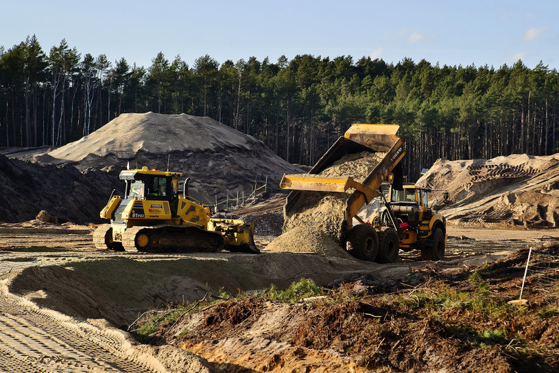 Prace na budowie przekopu /Stanislaw Bielski /Reporter