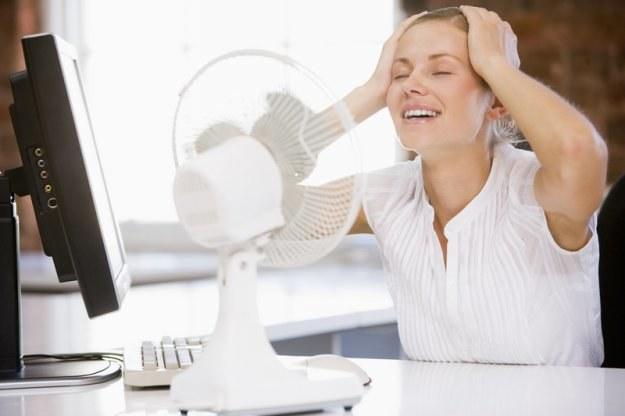 Pracodawca ma obowiązek dbania o utrzymanie sprawności urządzeń wentylacyjnych lub klimatyzacyjnych /© Panthermedia