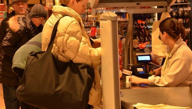 Pracować  w dużych sklepach trzeba będzie nocami. Zdjęcie ilustracyjne /Malwina Zaborowska /RMF FM