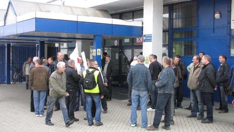 Pracownicy Autosanu szykują się do protestu /Józef Polewka /RMF FM