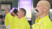 Pracownicy lotniska w hołdzie dla Freddiego Mercury'ego