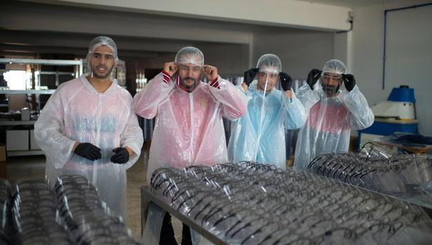 Pracownicy w Rabacie w Maroku /Jalal Morchidi /PAP/EPA
