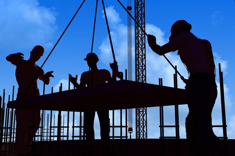 Pracownicy z Ukrainy mogą liczyć na coraz większe wynagrodzenia /123RF/PICSEL