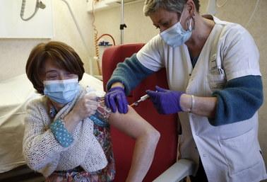 Pracownicy żłobków jak nauczyciele: Zostaną włączeni do pierwszego etapu szczepień na Covid-19