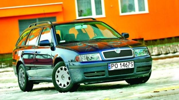 Pracownik jest odpowiedzialny za mienie powierzone mu przez pracodawcę, w tym za samochód. /Motor