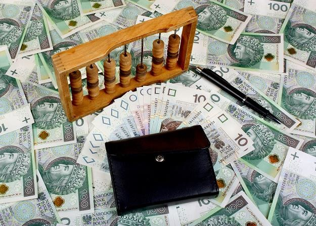 """Pracownik otrzyma """"na rękę"""" wynagrodzenie niższe o około 3,2 proc. /©123RF/PICSEL"""