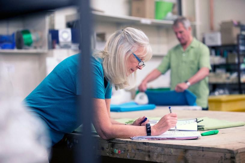 Pracuje co jedenasta osoba, która jest w wieku emerytalnym. /123RF/PICSEL