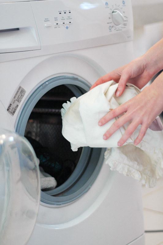 pranie poduszek /© Photogenica