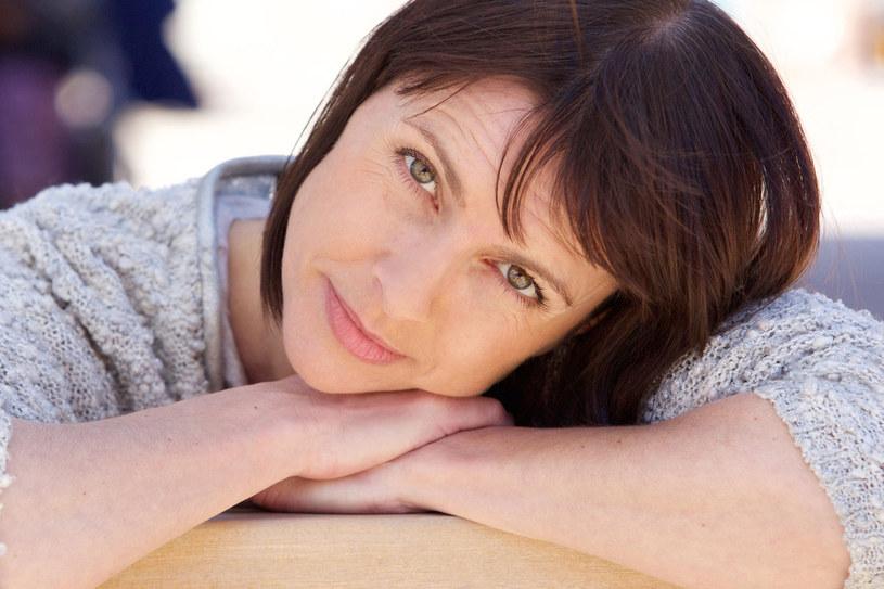 Prawdą jest, że dla wielu kobiet menopauza oznacza koniec pełnowartościowego życia i tym samym zapoczątkowanie okresu starości /123RF/PICSEL