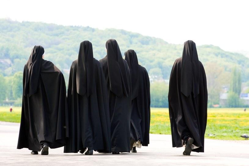 Prawda o życiu zakonnic bywa przemilczana /123RF/PICSEL