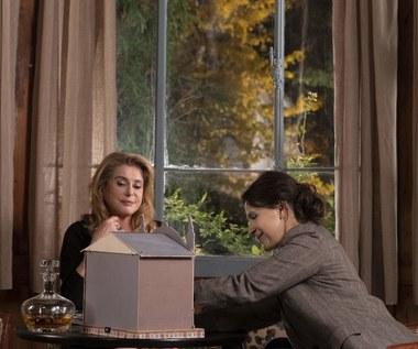 """Prawda"": Oda do Catherine Deneuve [recenzja]"