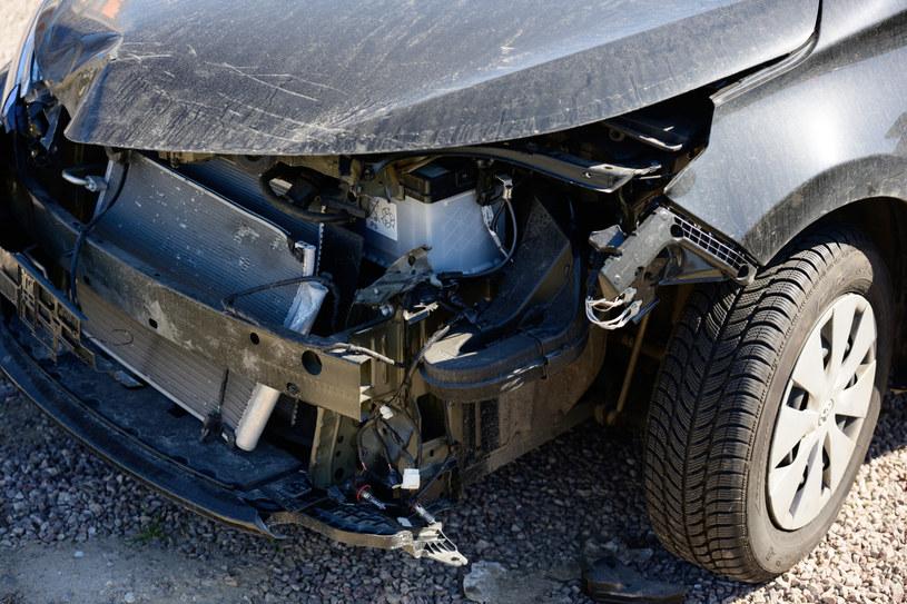 Prawdziwe kłopoty zaczynają się gdy kierowca bez OC spowoduje szkodę /Jakub Wosik  /Reporter