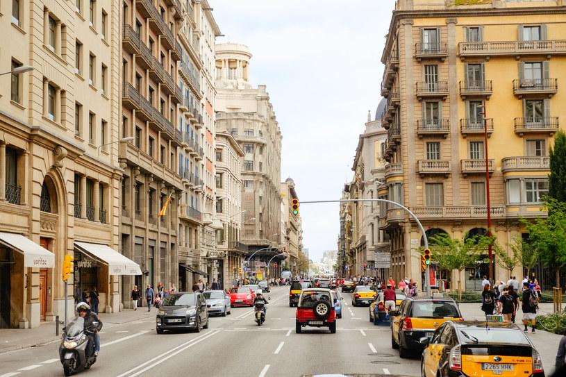 Prawie 4 miliony Hiszpanów na czasowym bezrobociu. /123RF/PICSEL