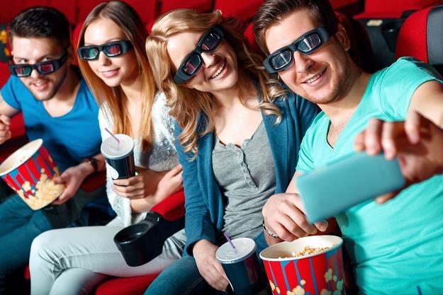 Prawie połowa bywalców kin lubi wyświetlane w nich reklamy /©123RF/PICSEL