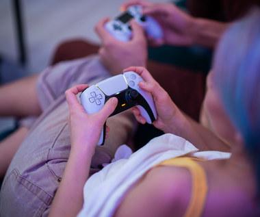 Prawie połowa posiadaczy PlayStation 4 i PlayStation 5 to kobiety