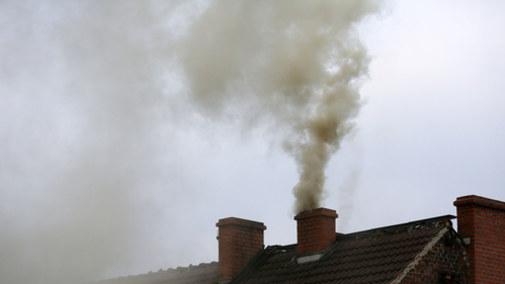 Prawo budowlane utrudni przechodzenie na ogrzewanie węglem
