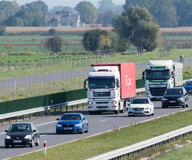 Prawo o ruchu drogowym. Ważne przepisy, o których kierowcy zapominają