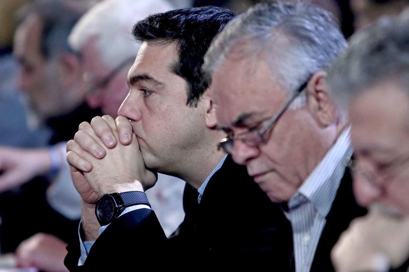 Premier Aleksis Cipras (z lewej) i wicepremier Grecji Janis Dragasakis /AFP