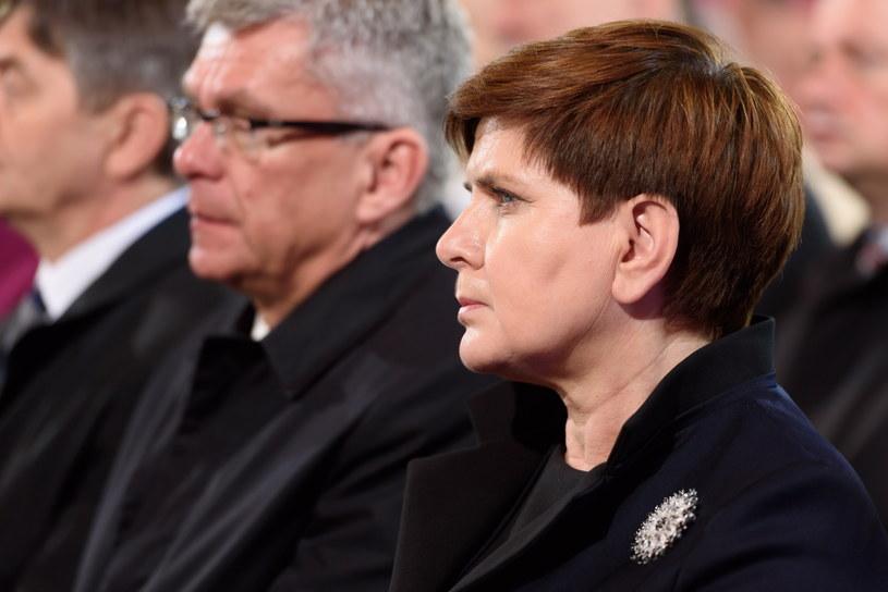 Premier Beata Szydło i marszałek Senatu Stanisław Karczewski /Jakub Kaczmarczyk /PAP