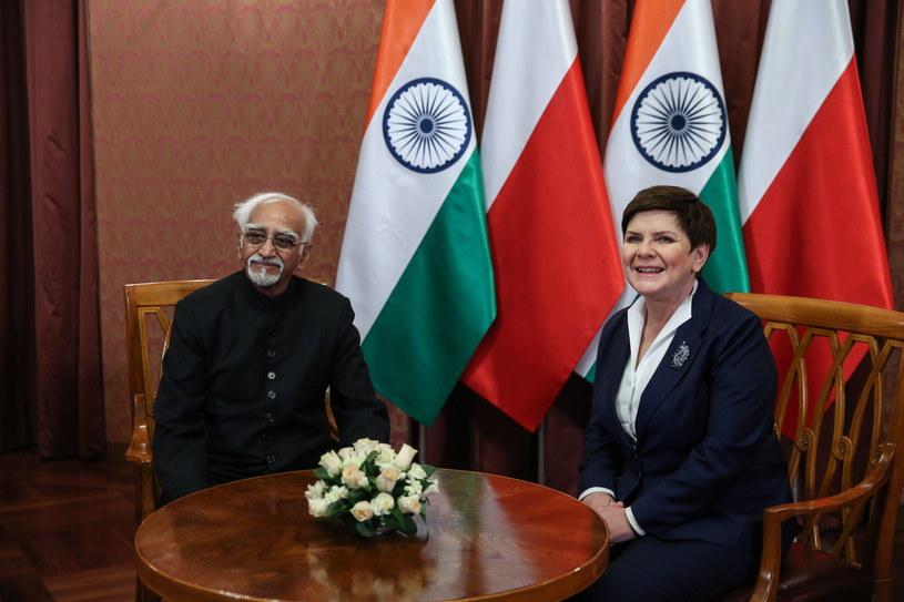 Premier Beata Szydło i wiceprezydent Indii Mohammad Hamid Ansari /Rafał Guz /AFP