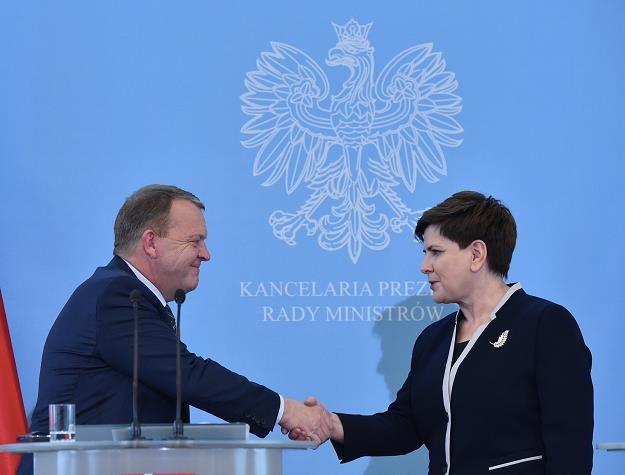 Premier Beata Szydło (P) i premier Danii Lars Lokke Rasmussen (L) /PAP