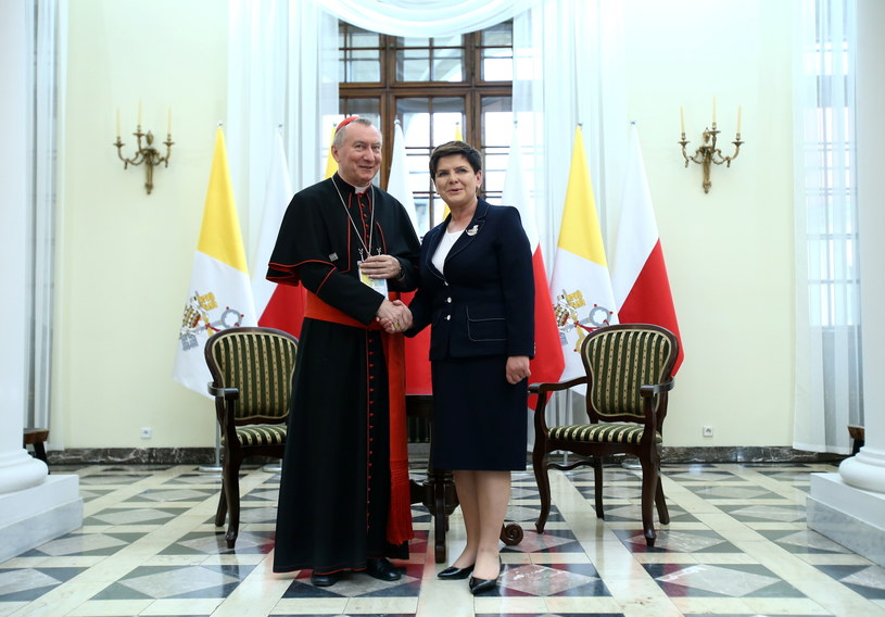 Premier Beata Szydło podczas spotkania z Sekretarzem Stanu Stolicy Apostolskiej kardynałem Pietro Parolinem /Leszek Szymański /PAP