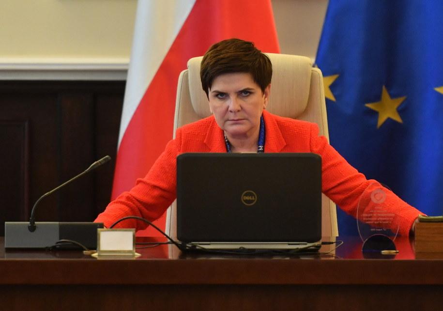 Premier Beata Szydło przed posiedzeniem Rady Ministrów /Bartłomiej Zborowski /PAP